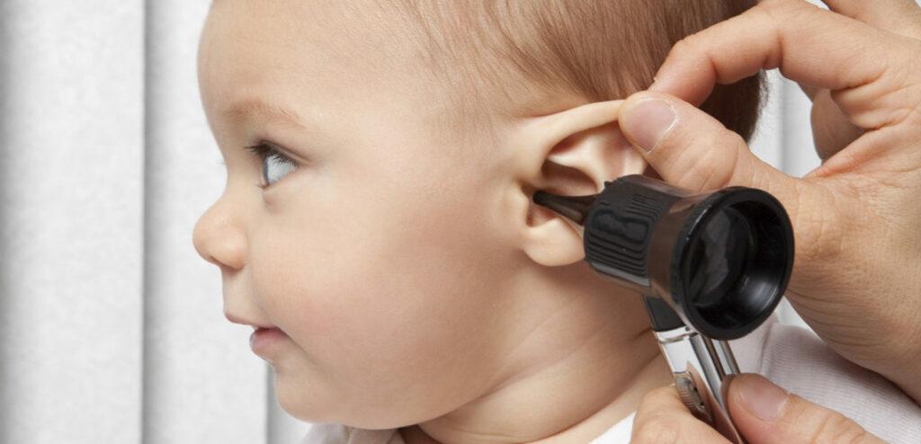 التهاب الاذن الوسطى عند الرضع